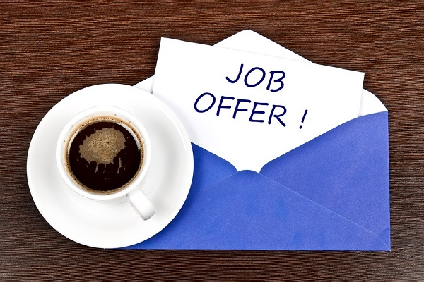 How to decline a job offer gracefully.