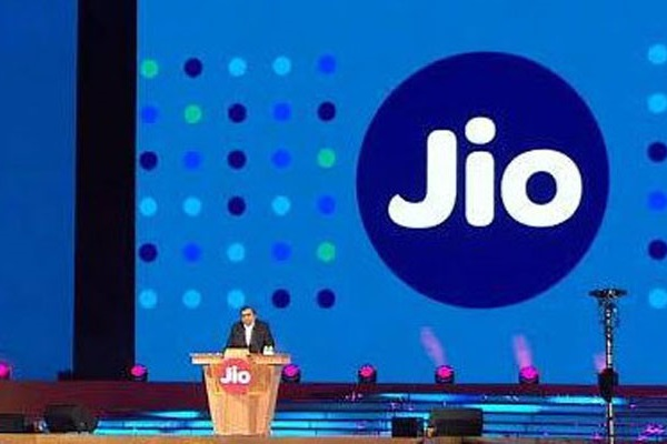 Grab high-paying jobs in Mumbai with Reliance Jio.