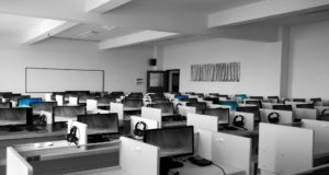 Jobs for freshers in tech support
